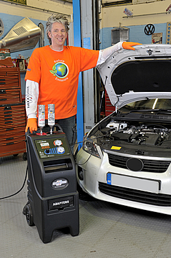 a picture of the Terraclean machine for petrol Engines